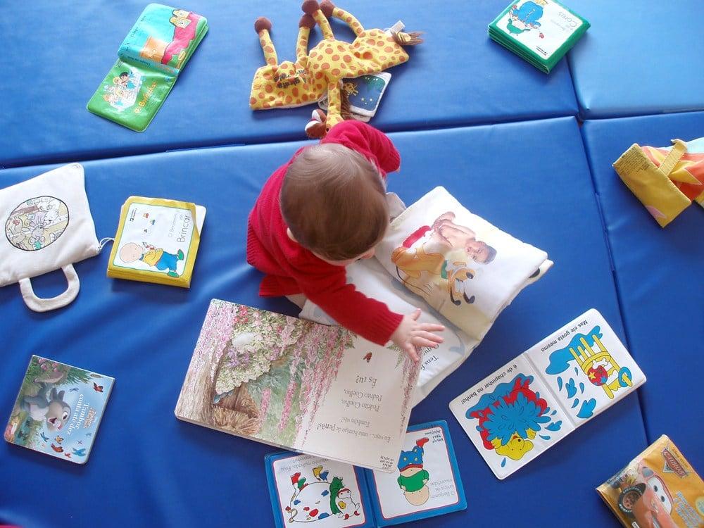 O livro-brinquedo ajuda seu filho a ser um leitor?