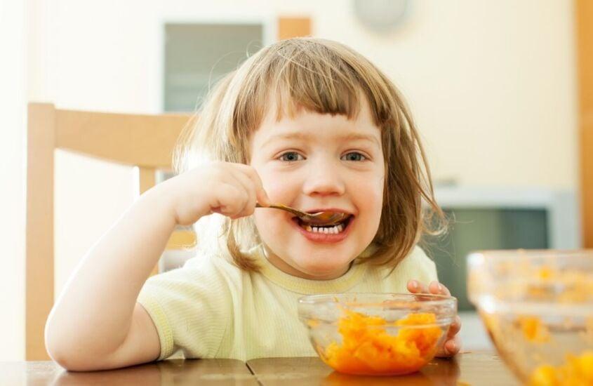 Rotina alimentar na pandemia: dicas para manter uma alimentação infantil saudável
